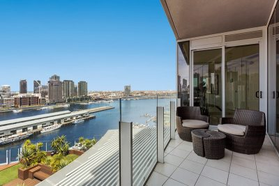 Harbour view apartment at Docklands