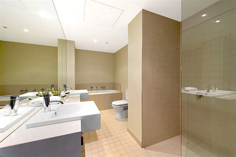 Office depot venice fl rapalo opens second phase for pre for Bathroom remodeling venice fl